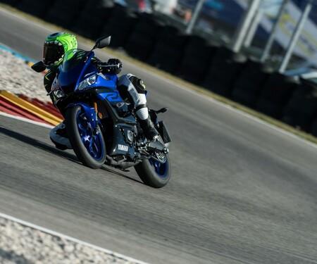 Yamaha YZF-R3 Test 2019