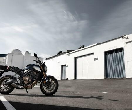 Honda CB650R Test auf der Landstraße