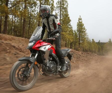 Honda CB500X 2019 Test - Action und Details