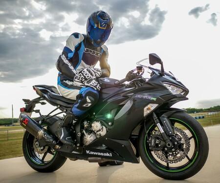 Kawasaki Ninja ZX-6R 2019 Test Pannoniaring