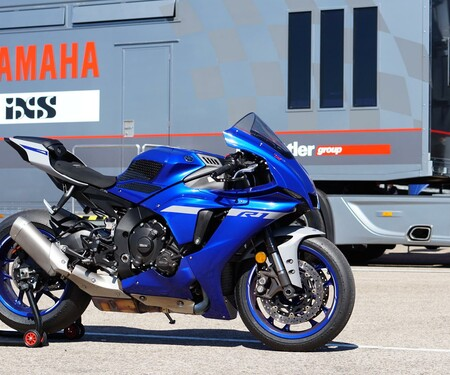 Yamaha R1 2020 Test in Aragon
