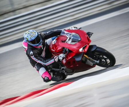 Ducati Panigale V4 2020 Test