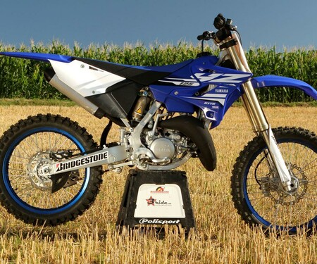 Yamaha YZ 125 & 250