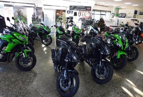 Motorradausstellung Kawasaki; Husqvarna; Kymco