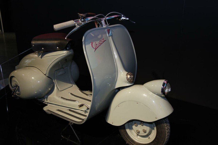 vespa oldtimer. Black Bedroom Furniture Sets. Home Design Ideas