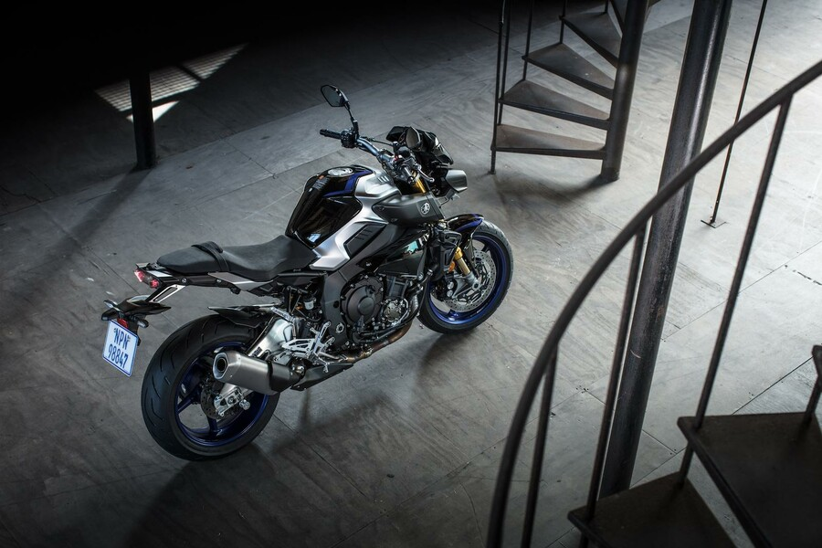 yamaha mt 10 sp 2017 test. Black Bedroom Furniture Sets. Home Design Ideas