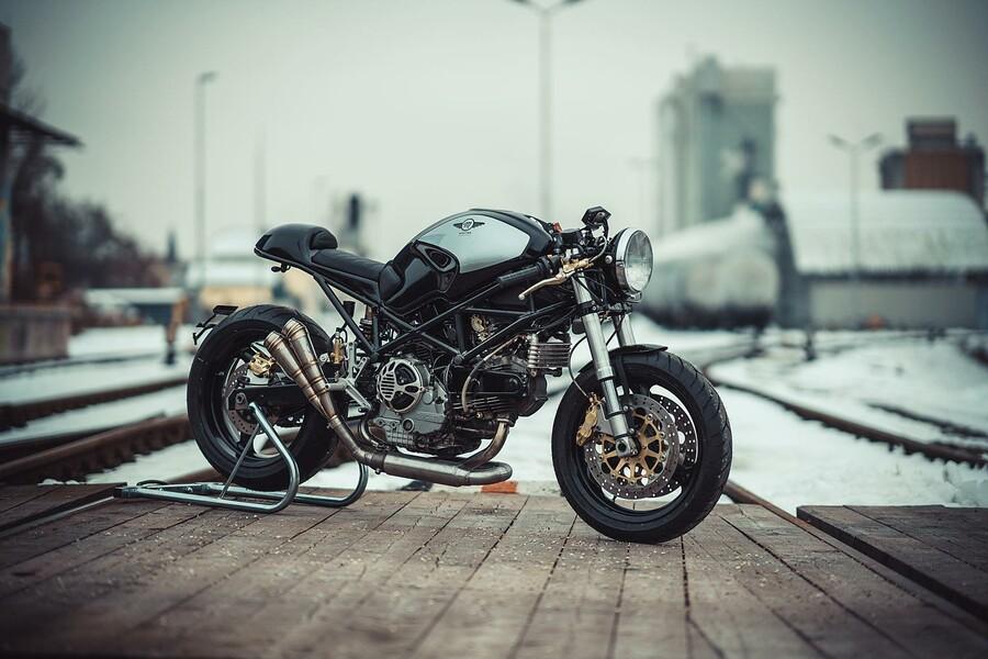 ducati cafe racer umbau von nct motorcycles. Black Bedroom Furniture Sets. Home Design Ideas
