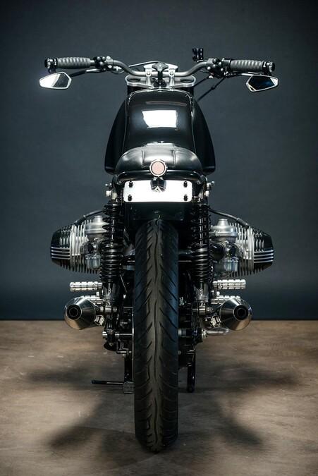 bmw r100rt umbau von analog motorcycles. Black Bedroom Furniture Sets. Home Design Ideas