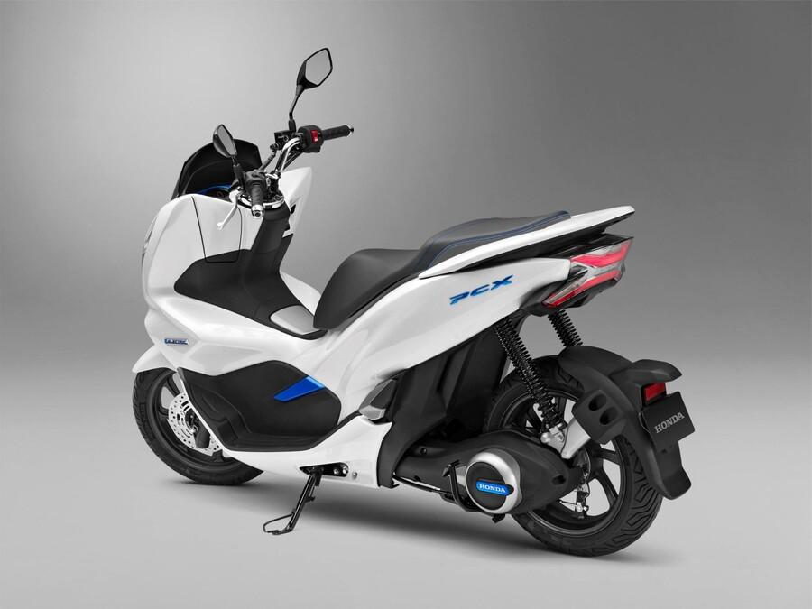 honda motorrad 2018 conceptbikes. Black Bedroom Furniture Sets. Home Design Ideas