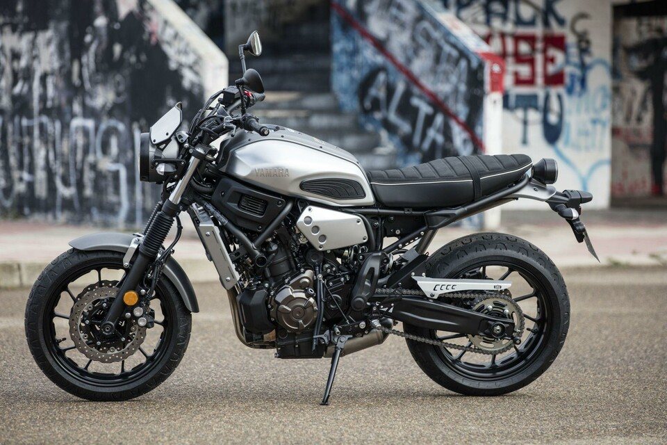 yamaha xsr 700 test testbericht. Black Bedroom Furniture Sets. Home Design Ideas