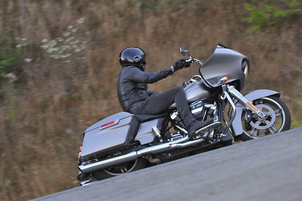 Harley Davidson Tourer Test 2017 Mit Videos