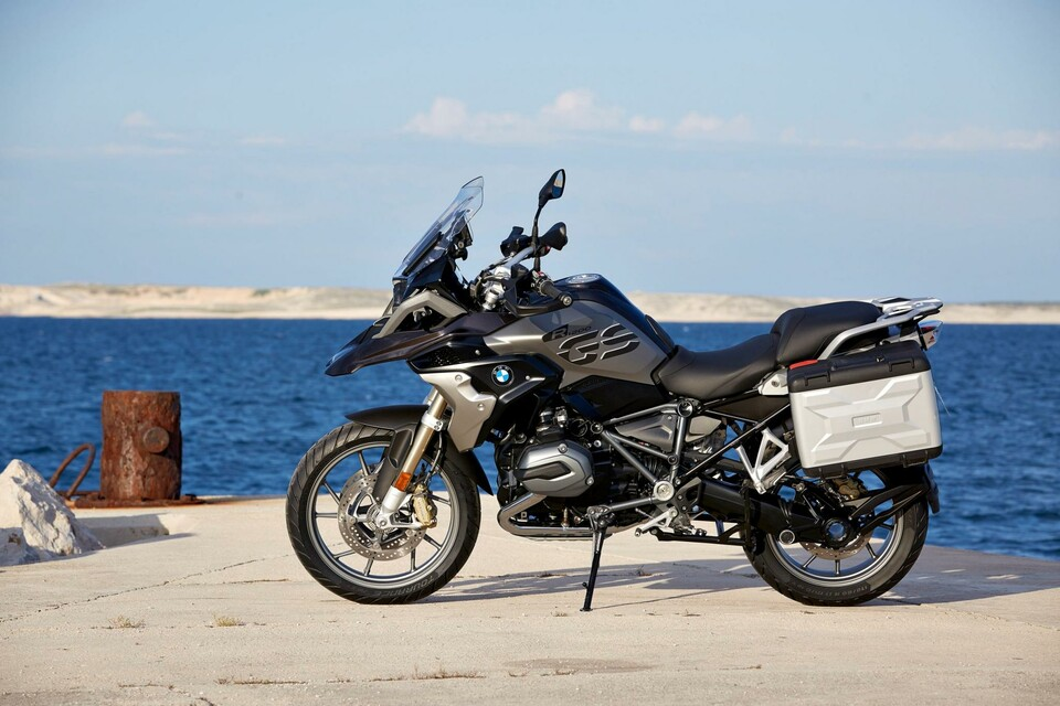 bmw r 1200 gs 2017 infos bilder und video modellnews. Black Bedroom Furniture Sets. Home Design Ideas