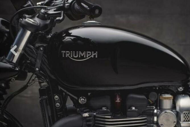 Triumph Neuheiten 2018: BOBBER Black und BONNEVILLE Speedmaster