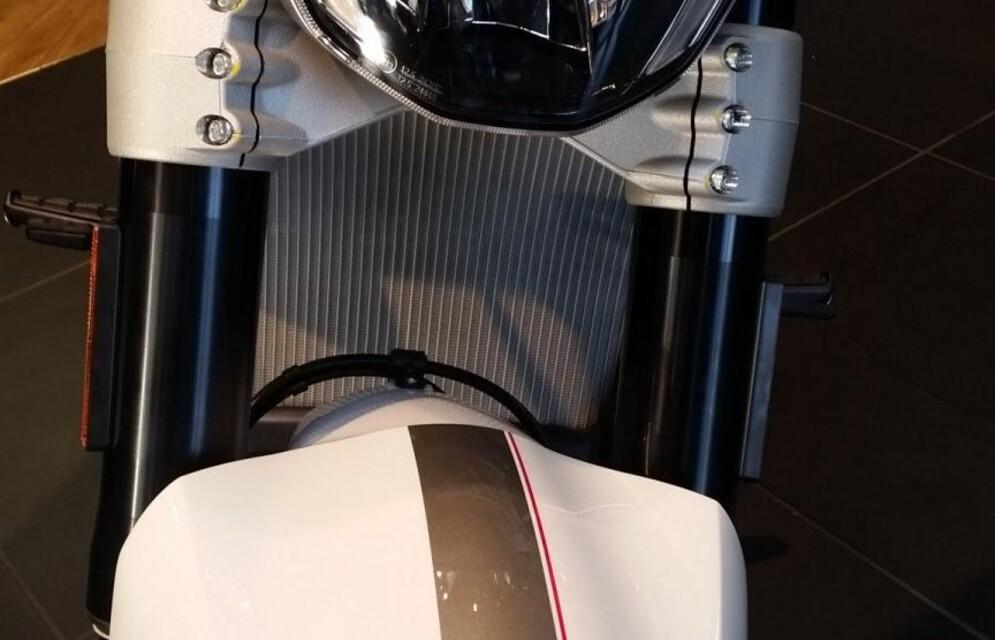 Neue 2018er DUCATI - XDIAVEL -WEISS