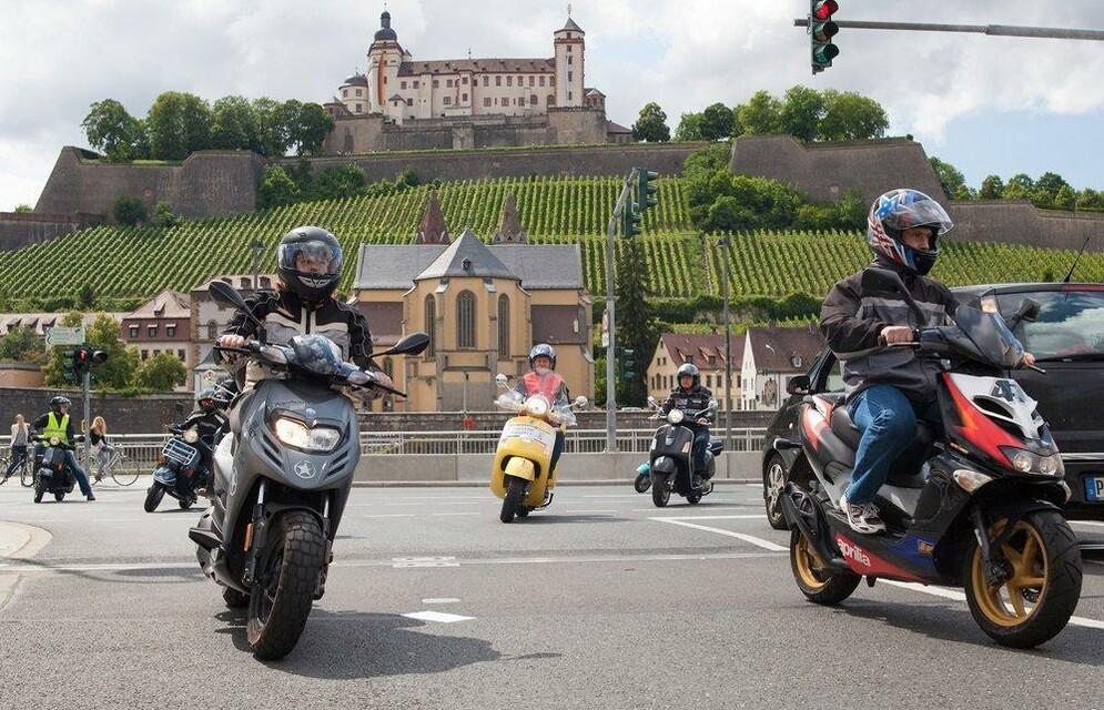 2012 - 1.Kiliani Rollerausfahrt in Würzburg